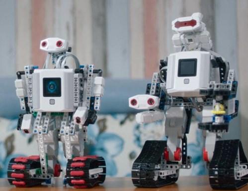 能力风暴教育机器人