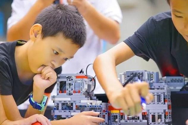 加盟机器人教育如何?行业具有广阔的发展潜力