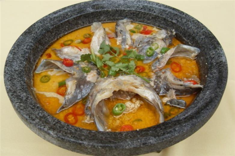 顾翁啵啵鱼