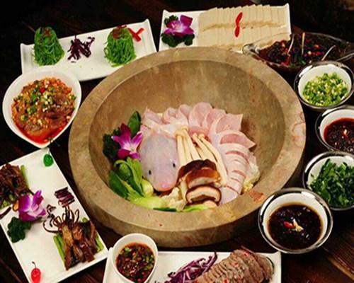 石器食代蒸汽石锅鱼
