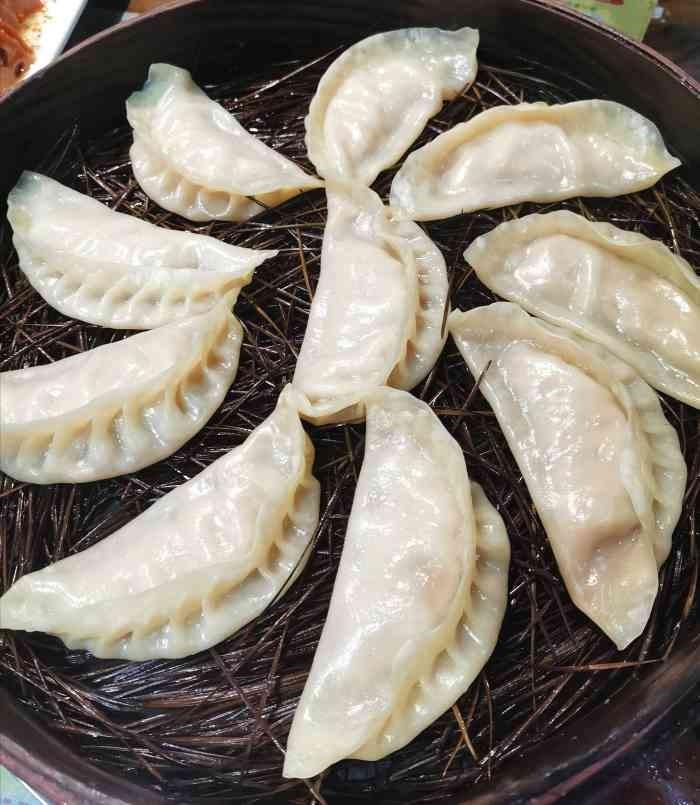 松针蔡记蒸饺