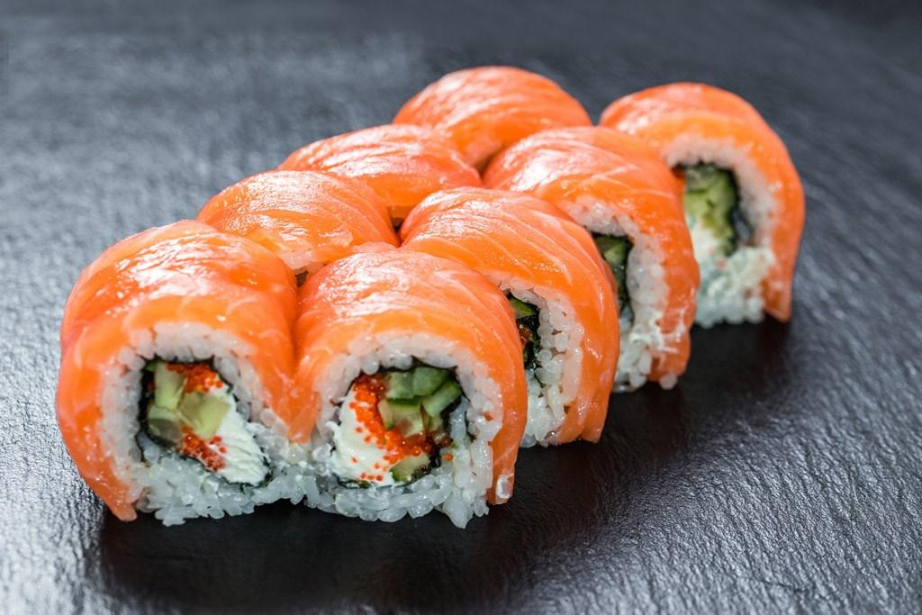 游泳鱼骨寿司